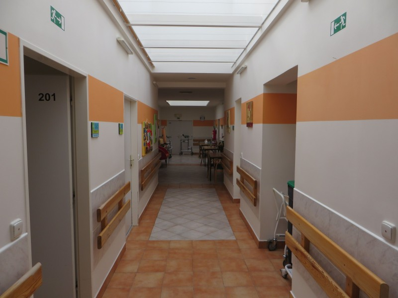 Vnitřní prostory - chodba oddělení A